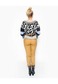 CRISTINAEFFE - Rozpinany cardigan z frędzlami. Kolor: brązowy. Materiał: materiał. Długość: długie. Wzór: aplikacja