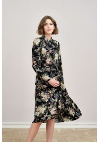 Czarna sukienka Marie Zélie elegancka, szmizjerki, midi