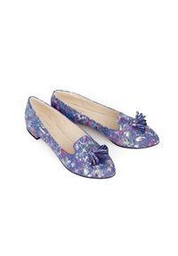 Zapato - kolorowe baleriny w szpic - skóra naturalna - model 045 - kolor niebieskie kwiaty. Zapięcie: bez zapięcia. Kolor: niebieski. Materiał: skóra. Wzór: kwiaty, kolorowy. Obcas: na obcasie. Styl: klasyczny. Wysokość obcasa: średni