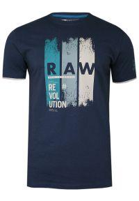 Pako Jeans - Granatowy Bawełniany T-Shirt z Nadrukiem -PAKO JEANS- Męski, Okrągły Dekolt, Krótki Rękaw. Okazja: na co dzień. Kolor: niebieski. Materiał: bawełna. Długość rękawa: krótki rękaw. Długość: krótkie. Wzór: nadruk. Styl: casual