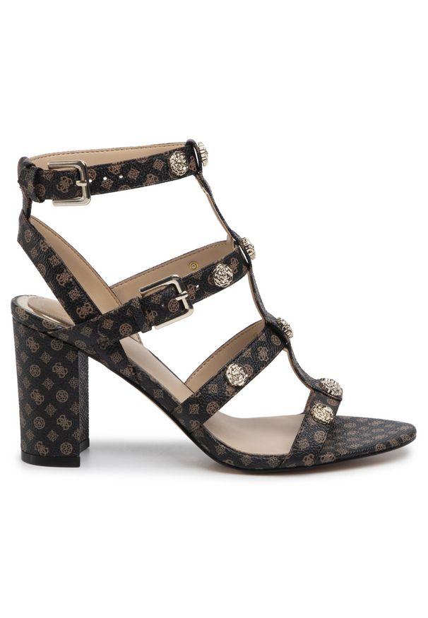 Brązowe sandały Guess
