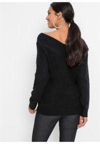 Czarny sweter bonprix z dekoltem w serek #6