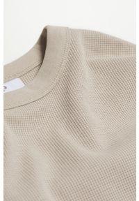 Mango Man - T-shirt Juliant. Okazja: na co dzień. Kolor: beżowy. Materiał: bawełna, materiał. Styl: casual