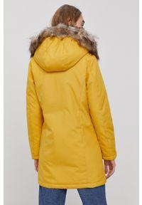 only - Only - Parka. Kolor: żółty. Materiał: tkanina, futro. Wzór: gładki