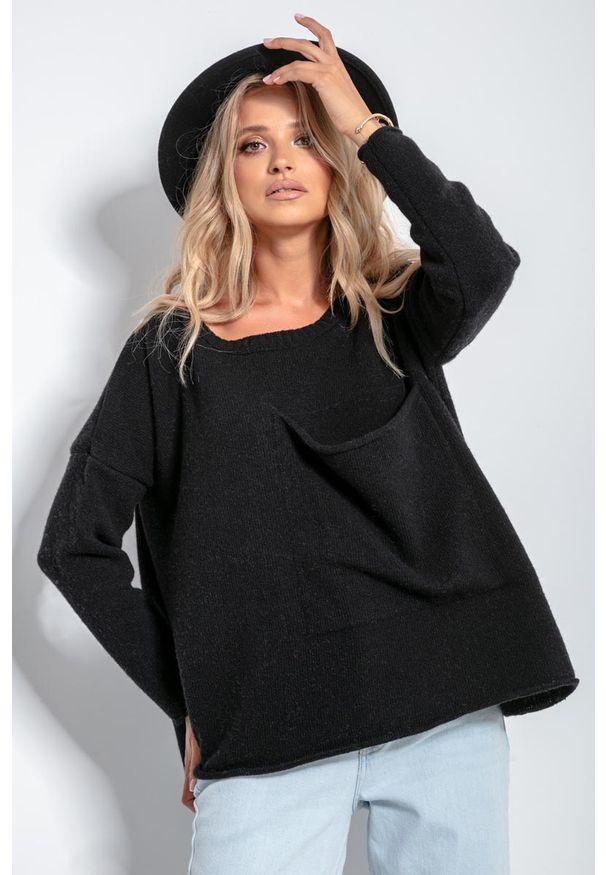 Czarny sweter oversize Fobya