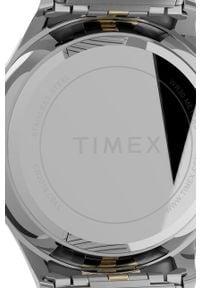 Srebrny zegarek Timex cyfrowy
