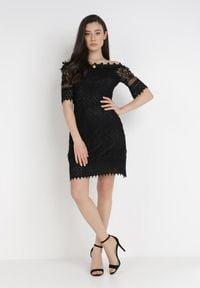 Born2be - Czarna Sukienka Philelaus. Kolor: czarny