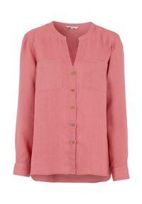 Cellbes Lniana koszula z drewnianymi guzikami różowy female różowy 54/56. Typ kołnierza: dekolt w serek, kołnierzyk stójkowy. Kolor: różowy. Materiał: len. Długość rękawa: długi rękaw. Długość: długie. Styl: elegancki