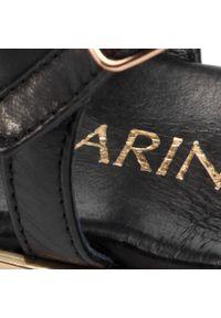 Czarne sandały Carinii na co dzień, z aplikacjami