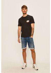 Czarny t-shirt Only & Sons z okrągłym kołnierzem, z nadrukiem