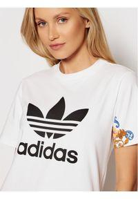 Adidas - adidas T-Shirt GN3354 Biały Regular Fit. Kolor: biały
