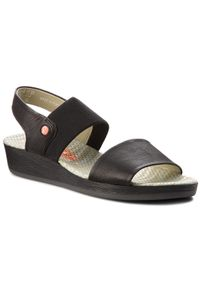 Czarne sandały Softinos na co dzień, casualowe