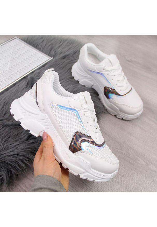 Białe buty sportowe NEWS
