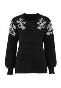 Czarny sweter Cellbes z kontrastowym kołnierzykiem, z haftami