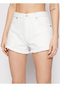 Białe szorty jeansowe Wrangler