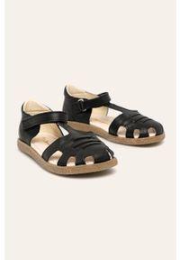 Czarne sandały Mrugała na rzepy, z okrągłym noskiem