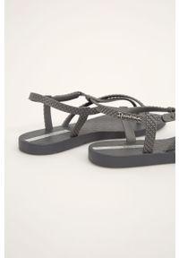 Szare sandały Ipanema