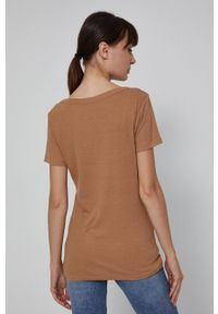 medicine - Medicine - T-shirt Basic. Kolor: beżowy. Materiał: dzianina. Wzór: gładki