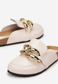 Renee - Beżowe Klapki Arrieda. Nosek buta: okrągły. Kolor: beżowy. Wzór: gładki, aplikacja. Sezon: lato, wiosna
