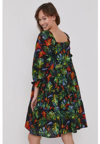 medicine - Medicine - Sukienka Tropical Chaos. Kolor: czarny. Materiał: tkanina. Długość rękawa: krótki rękaw