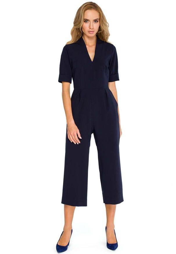 MOE - Granatowy Elegancki Kombinezon ze Spodniami Typu Culotte. Kolor: niebieski. Materiał: poliester, wiskoza, elastan. Styl: elegancki