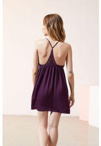 Fioletowa piżama Etam w koronkowe wzory