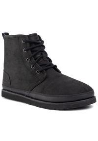 Czarne buty zimowe Ugg z cholewką