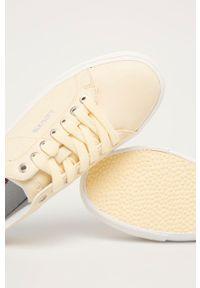 Levi's® - Levi's - Buty. Okazja: na spotkanie biznesowe. Nosek buta: okrągły. Zapięcie: sznurówki. Kolor: żółty. Materiał: guma