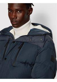 Niebieska kurtka puchowa BOSS