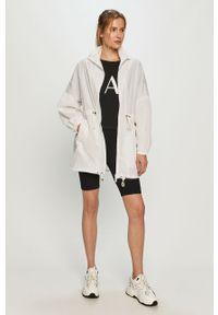 Biała kurtka Armani Exchange na co dzień, casualowa