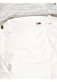 Białe szorty Tommy Jeans