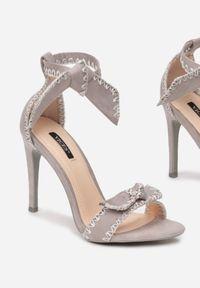 Szare sandały Renee