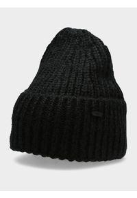 Czarna czapka zimowa 4f