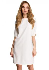 Style - Klasyczna minimalistyczna sukienka. Okazja: do pracy, na spacer. Typ sukienki: trapezowe. Styl: klasyczny. Długość: mini