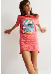 Undiz - Koszula nocna Stitchtropicooliz. Kolor: czerwony. Materiał: bawełna. Długość: krótkie. Wzór: nadruk