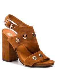 Brązowe sandały Nessi z aplikacjami, casualowe, na co dzień