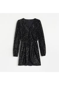 Czarna sukienka Reserved mini, kopertowa