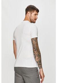 Biały t-shirt Guess Jeans na co dzień, z nadrukiem