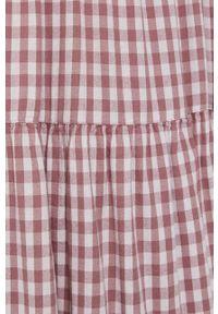 Jacqueline de Yong - Sukienka. Kolor: różowy. Materiał: tkanina. Długość rękawa: krótki rękaw. Typ sukienki: rozkloszowane