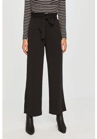 Czarne spodnie materiałowe Vero Moda z podwyższonym stanem