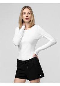4f - Longsleeve damski. Kolor: biały. Materiał: dzianina, bawełna. Długość rękawa: długi rękaw