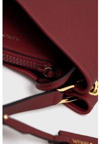 Emporio Armani - Torebka. Kolor: czerwony. Rodzaj torebki: na ramię