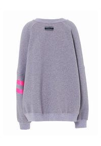 REDEMPTION ATHLETIX - Szara bluza oversize z logo. Typ kołnierza: bez kaptura. Kolor: szary. Materiał: jeans, bawełna. Długość rękawa: długi rękaw. Długość: długie. Wzór: aplikacja