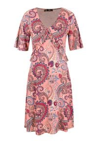 Sukienka z dżerseju z falbanami i dekoltem w serek bonprix jasny koralowy w deseń paisley. Typ kołnierza: dekolt w serek. Kolor: pomarańczowy. Materiał: jersey. Wzór: paisley