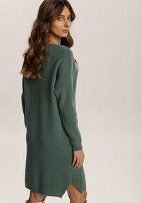 Renee - Ciemnozielona Sukienka Dzianinowa Candala. Kolor: zielony. Materiał: dzianina. Długość rękawa: długi rękaw. Wzór: prążki. Typ sukienki: proste. Długość: mini
