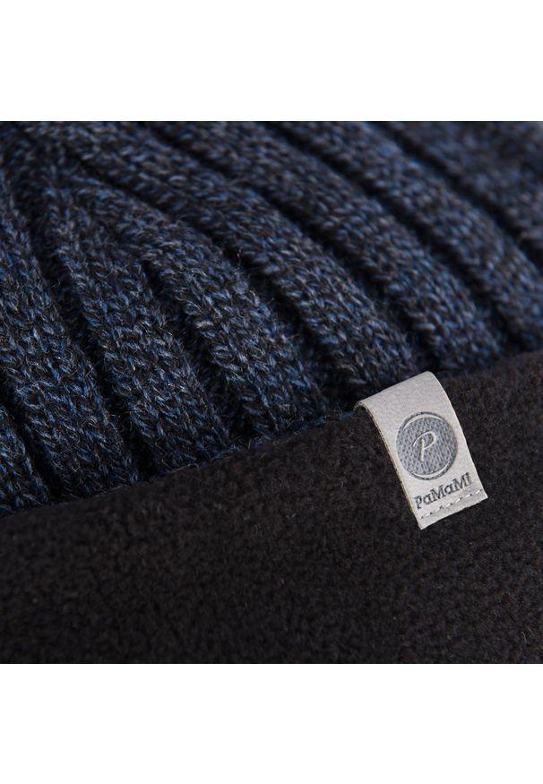 Zimowa czapka męska PaMaMi - Granatowa mulina. Kolor: niebieski. Materiał: akryl. Sezon: zima. Styl: elegancki