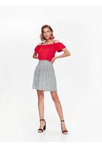 Czerwona bluzka TOP SECRET bez rękawów, na co dzień, casualowa, na jesień