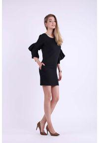 Czarna sukienka wizytowa Nommo z falbankami, mini, ołówkowa