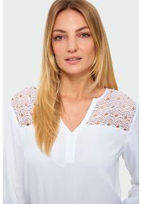 Bluzka Greenpoint w koronkowe wzory