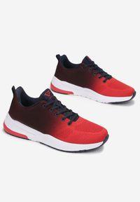 Born2be - Czerwone Buty Sportowe Isda. Kolor: czerwony